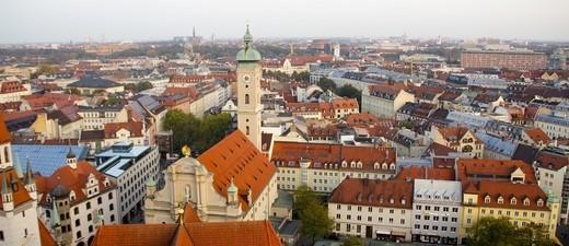 Häuser und Wohnungen in München, © Gerade in München muss man bei der Wohnungssuche besonders geschickt sein