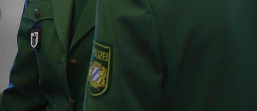 © Die grünen Uniformen werden bis 2018 ausgetauscht.