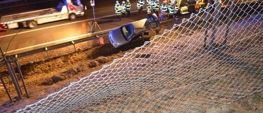 Polizei, Unfall, Ammerseestraße, © Der Fahrer des Opels erlitt schwerste Verletzungen.