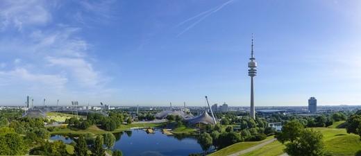 Olymiapark, © München bietet mit Olympiastadion & Co jede Menge Möglichkeiten für Touristen.