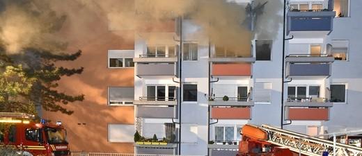 Hochhausbrand in der Nusselstraße in Pasing, © Foto: Berufsfeuerwehr München