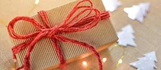 Geschenke zu Weihnachten aus dem Ausland?, © Symbolbild
