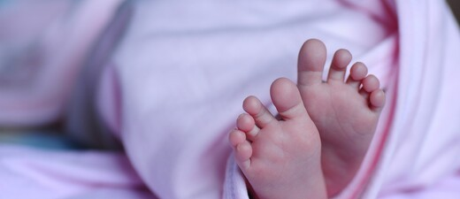 Baby Neugeborenes Saeugling Geburt