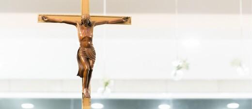 Kreuz Kruzifix Jesus Christentum, © Symbolbild