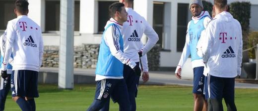 Spieler des FC Bayern beim Training, © Symbolfoto