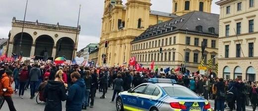 """Demo:  """"ausgehetzt"""" in München"""