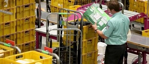 Zollkontrolle bei Postsendungen, © Zollkontrolle bei Postsendungen, Hauptzollamt München