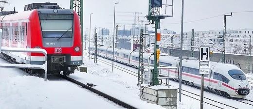 Eine S-Bahn in Winter in München