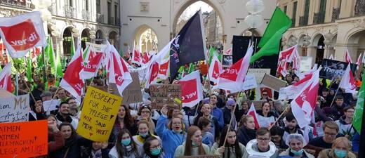Streik im öffentlichen Dienst am Stachus