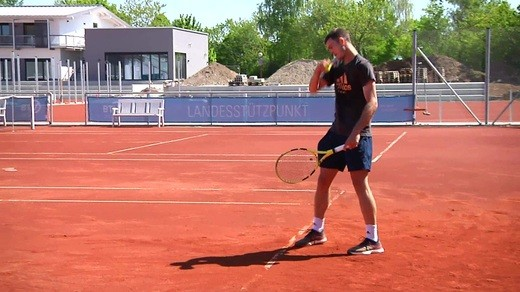 © Tennis