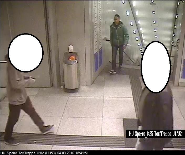 © Neu veröffentlichtes Foto des Täters zur Öffentlichkeitsfahndung. Foto: Polizei