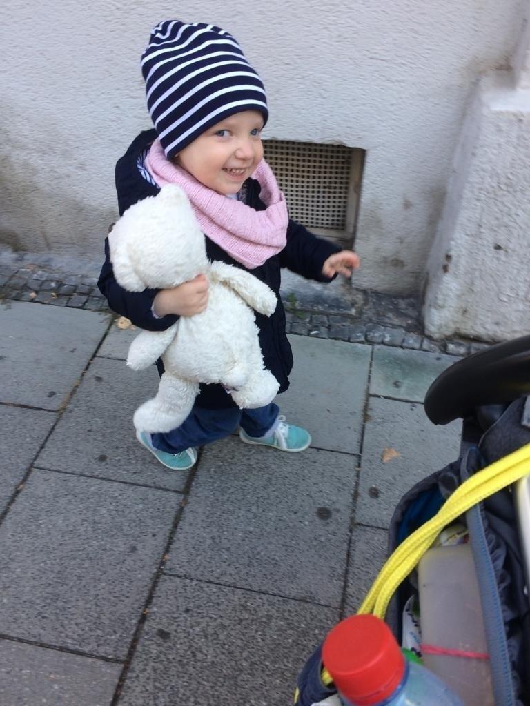 © Die kleine Sophie benötigt dringend eine Stammzellentherapie.