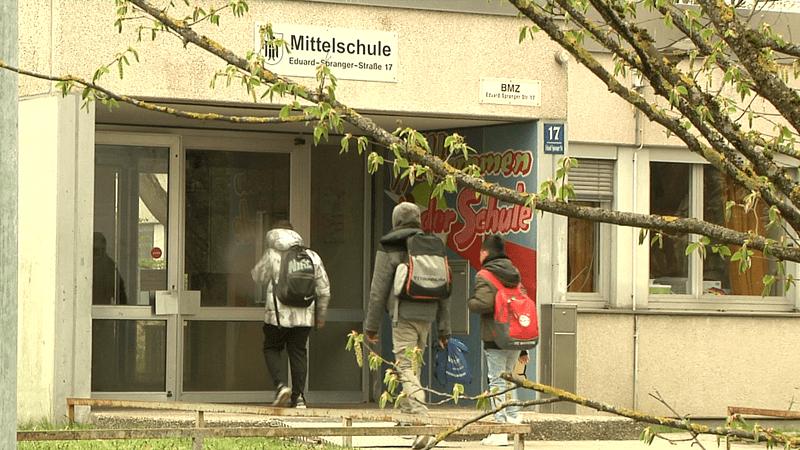 rund 500 Schüler besuchen die Eduard-Spranger-Mittelschule