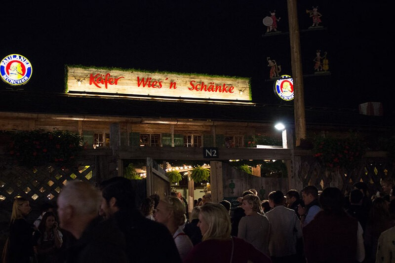 Oktoberfest München Käfer Festzelt Wiesn