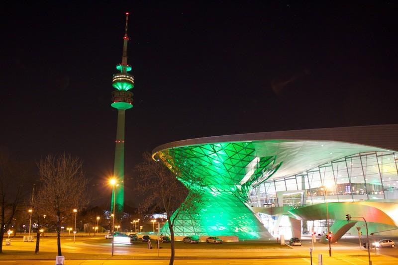 St. Patrick's Day 2014 - Greening München Olympiaturm und BMW Welt, © St. Patrick's Day 2014 - Greening München Olympiaturm und BMW Welt ©D.I.F. e.V. / Fotograf Andreas Kotowski