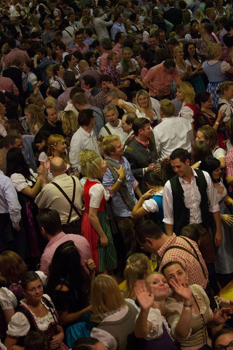 Tische schon belegt Festzelt Reservierungen Wiesn Oktoberfest