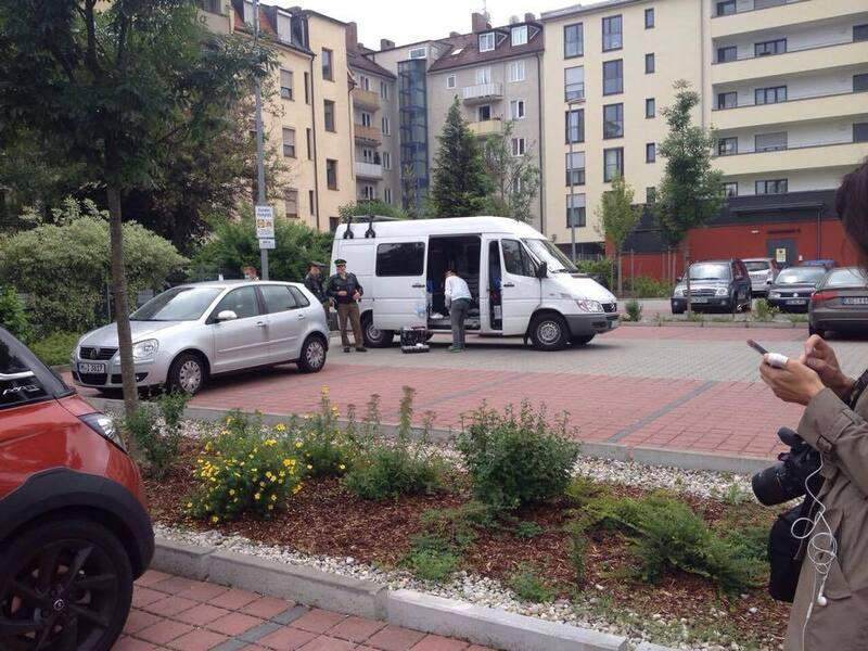 polizei westend bewaffneter großfahdung