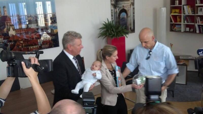 Die 1,5 millionste Münchnerin heißt Amelia