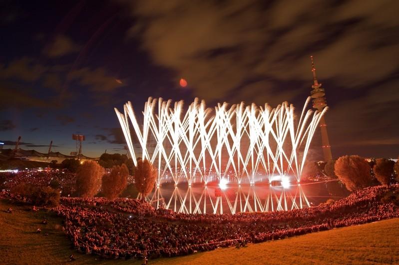 Feuerwerk beim Münchner Sommernachtstraum im Olympiastadion, © Foto: Christian Rudnik