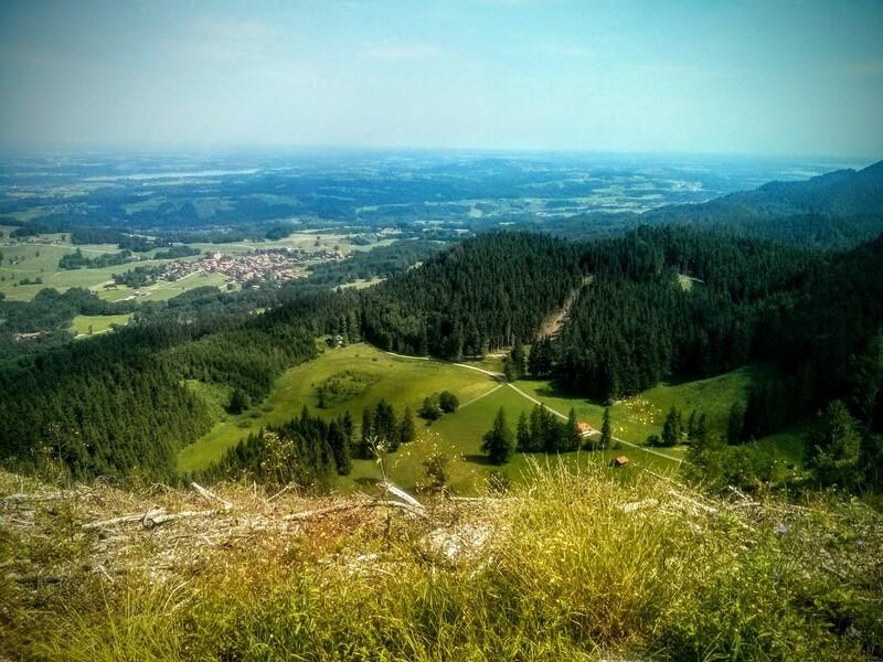 Sicht vom Hochries bis nach München, © Bei klarer Sicht hat man auf dem Hochries einen wunderschönen Blick