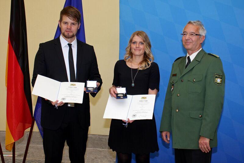 © Thomas Blaasch und Christin Horn bei der Verleihung - Foto: Bayerisches Innenministerium