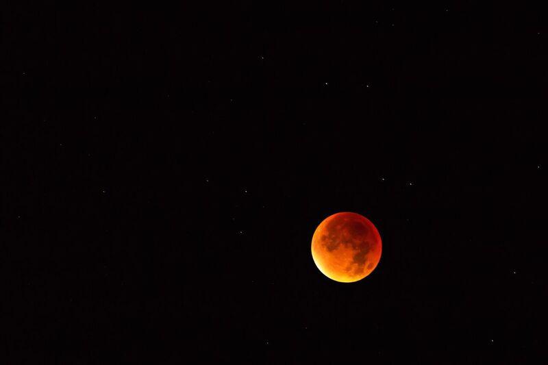 Blutmond- Mondfinsternis über München 2015, © Foto: Markus Ostermeier