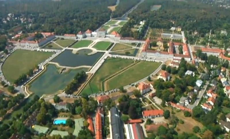 Schloss Nymphenburg von oben