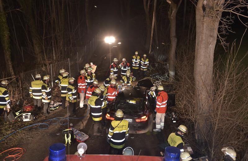 Autowrack Unfall, © Foto: Berufsfeuerwehr München