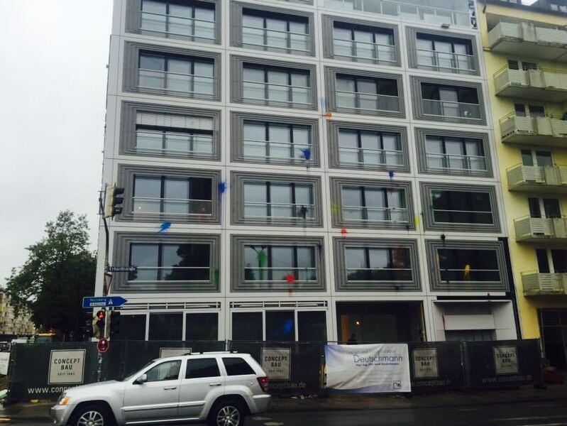 Farbattacke auf Luxus-Wohnungen in der Frauenhoferstraße (Glockenbachviertel in München)