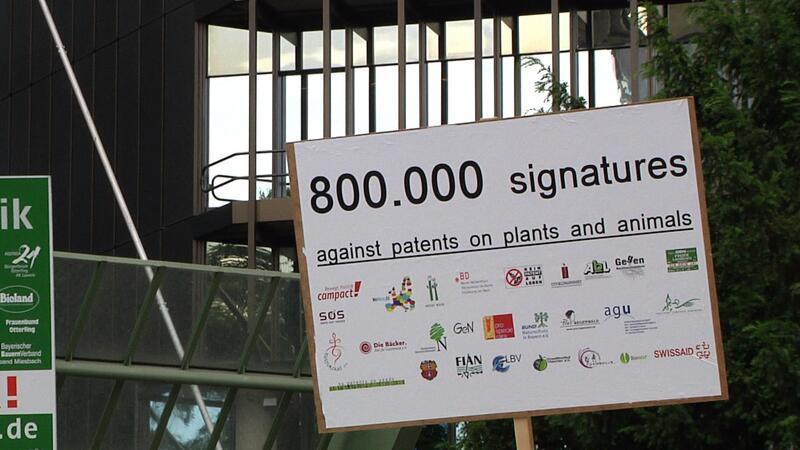 800.000 Unterschriften an das Europäischem Patentamt überreicht