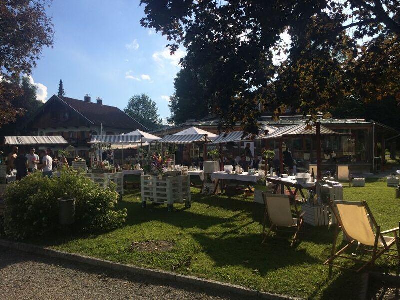 © In traumhafter Kulisse gab es am Tegernsee die Cocktails mit saisonalen und regionalen Produkten.