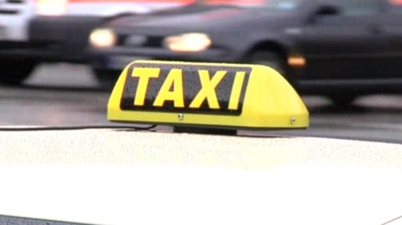 Ein Taxischild, © Symbolfoto