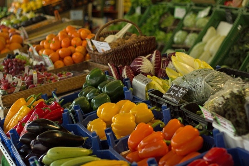 gesunde Lebensmittel in einem Verkaufsstand