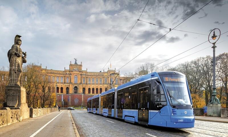 Hightech Tram München, © Foto: Bildarchiv der Freunde des Münchner Trambahnmuseums e.V.