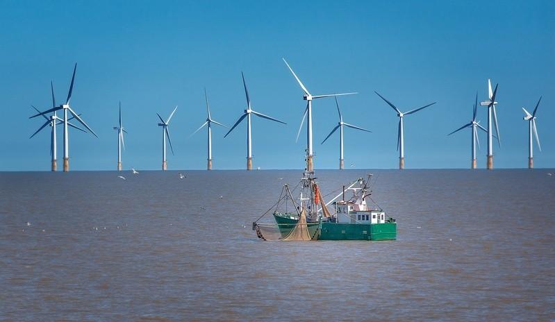 © Der Offshore-Strom aus dem Norden wird ab 2025 dann auch in Bayern ankommen. Im Süden selbst wird dann Sonnenstrom für einen großen Teil der Republik generiert.