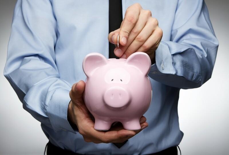 Aufnahme eines Kredits, © Wollen sich Startups auf dem hart umkämpften Markt durchsetzen, wächst der Kapitalbedarf meist sogar exponentiell. Bildquelle: rangizzz – 89995051 / Shutterstock.com