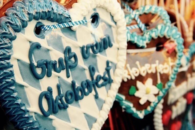 © Bald geht das Oktoberfest wieder los - doch ist das eigene Dirndl auch schon in der richtigen Festform?