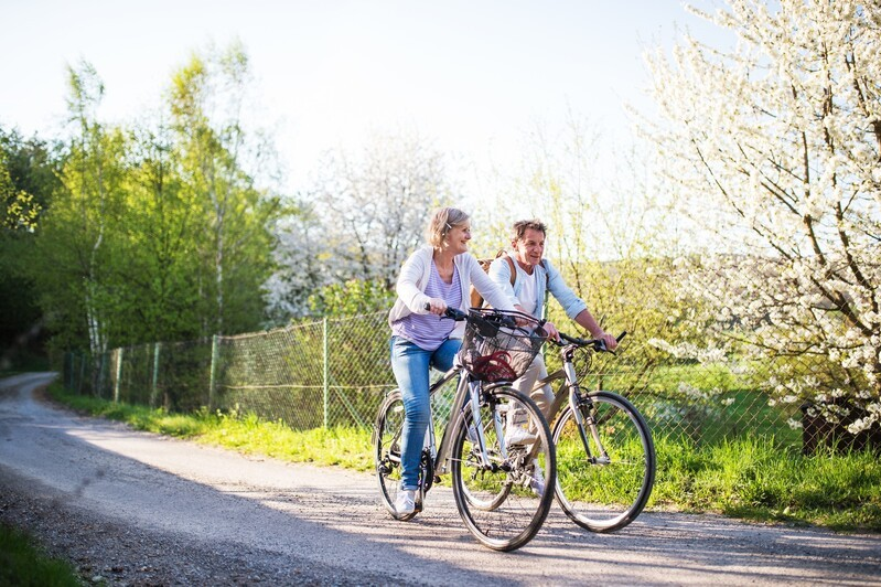 © So lange wie möglich, so aktiv und selbstbestimmt wie möglich leben zu können – auch das ist selbstverständlich eine Zielsetzung des Bayerischen Präventionsplans. fotolia.com © Halfpoint