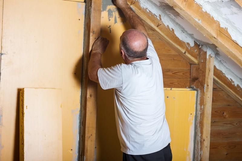 © Es gibt viele Möglichkeiten, die Energieeffizienz in den eigenen vier Wänden zu steigern um Geld zu sparen. Quelle: @ Brilliant Eye – 93678799 / Fotolia.com