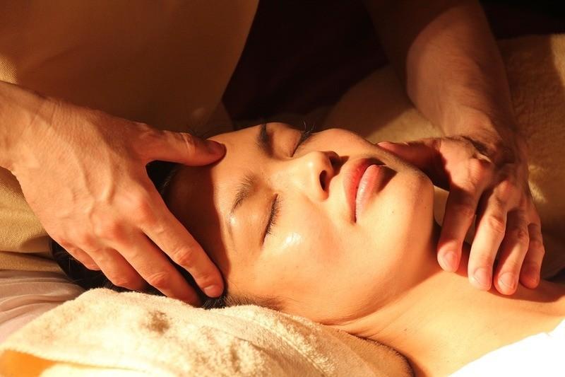 Massage, © pixabay.com © KaiMiano