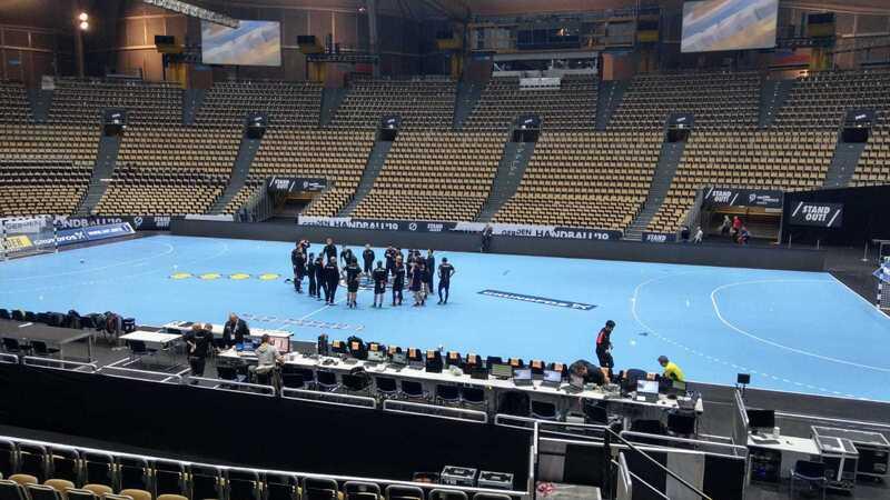 Handball WM in München, © Michael Schreiber - Die japanische Nationalmannschaft beim Training