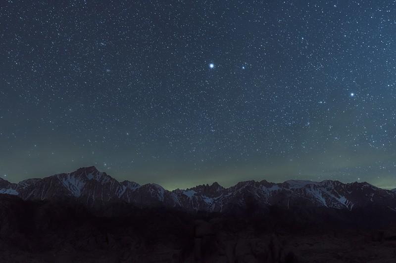 © Der eigene Stern am Himmel ist wirklich ein besonderes Geschenk, das an Romantik kaum zu überbieten ist. © Clifford #148996766 fotolia.com