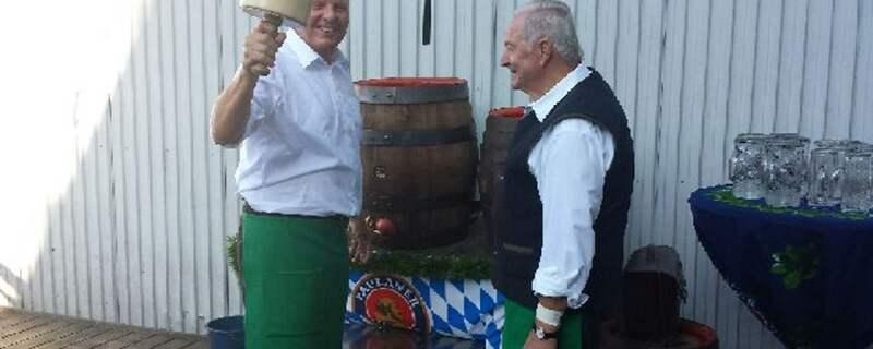 Reiter Oktoberfest Training Anzapfen Wiesn