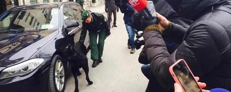 sicherheitskonferenz münchen 2015 fahrzeugkontrolle mit hund