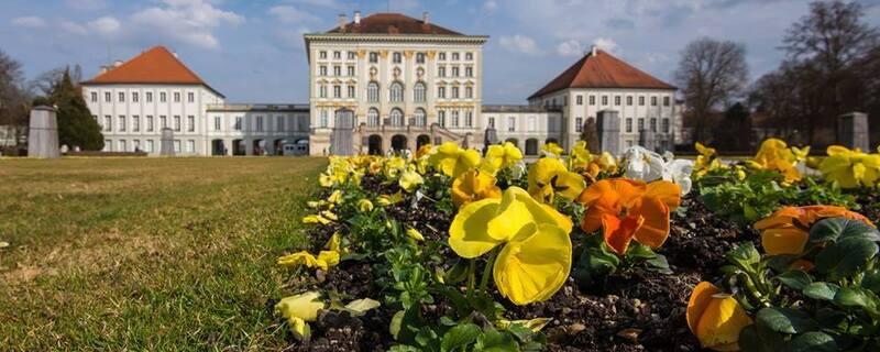 Schloss Nymphenburg in München im Frühling, © Schloss Nymphenburg in München - Bild: TOJE-Photografie