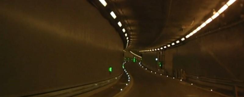 Probefahrt durch den neue Luise-Kiesselbach-Tunnel am Mittleren Ring in München, © Aufnahmen einer Probefahrt durch den Luise-Kiesselbach-Tunnel - Eröffnung Ende Juli
