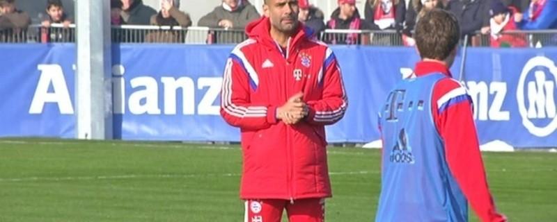 Pep Guardiola beim Training mit dem FC Bayern, © Pep Guardiola, der Bayern-Trainer bei der Arbeit