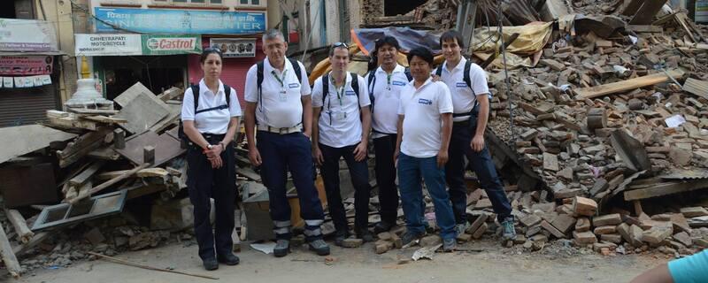 Zerstörte Häuser in Kathmandu, © Den Helfern bietet sich in Nepal ein Bild der Zerstörung -  Foto: Medizinisches Katastrophen Hilfswerk