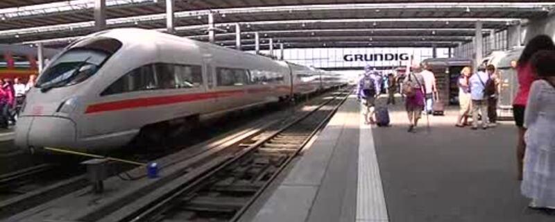 ICE im Münchner Hauptbahnhof, © Wegen eines Brandes einer IC-Lok kommt es zu Problemen im Bahnverkehr - Symbolfoto