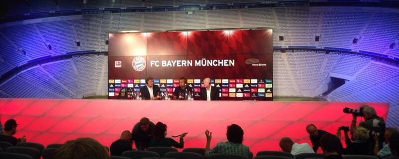 Arturo Vidal bei FC Bayern - Pressekonferenz , © Die Pressekonferenz beim FCB mit Neuzugang Arturo Vidal
